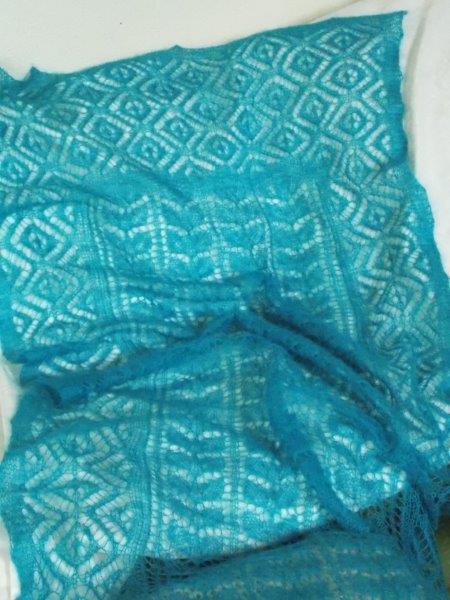TE KOOP: Turquoise kidsilk sjaal.