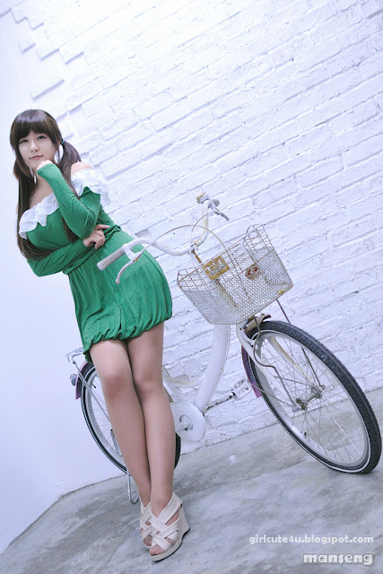 4 Ryu Ji Hye in Green-very cute asian girl-girlcute4u.blogspot.com