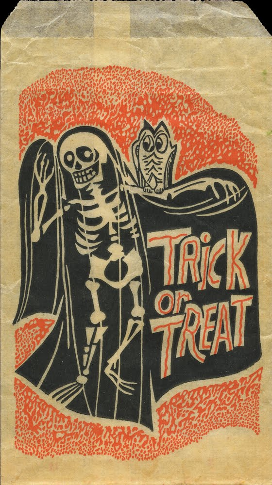 ... enjoy these last few treats of the vintage variety happy halloween Vintage Trick Or Treaters