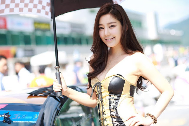 Jo Sang Hi at CJ Super Race R5 2011