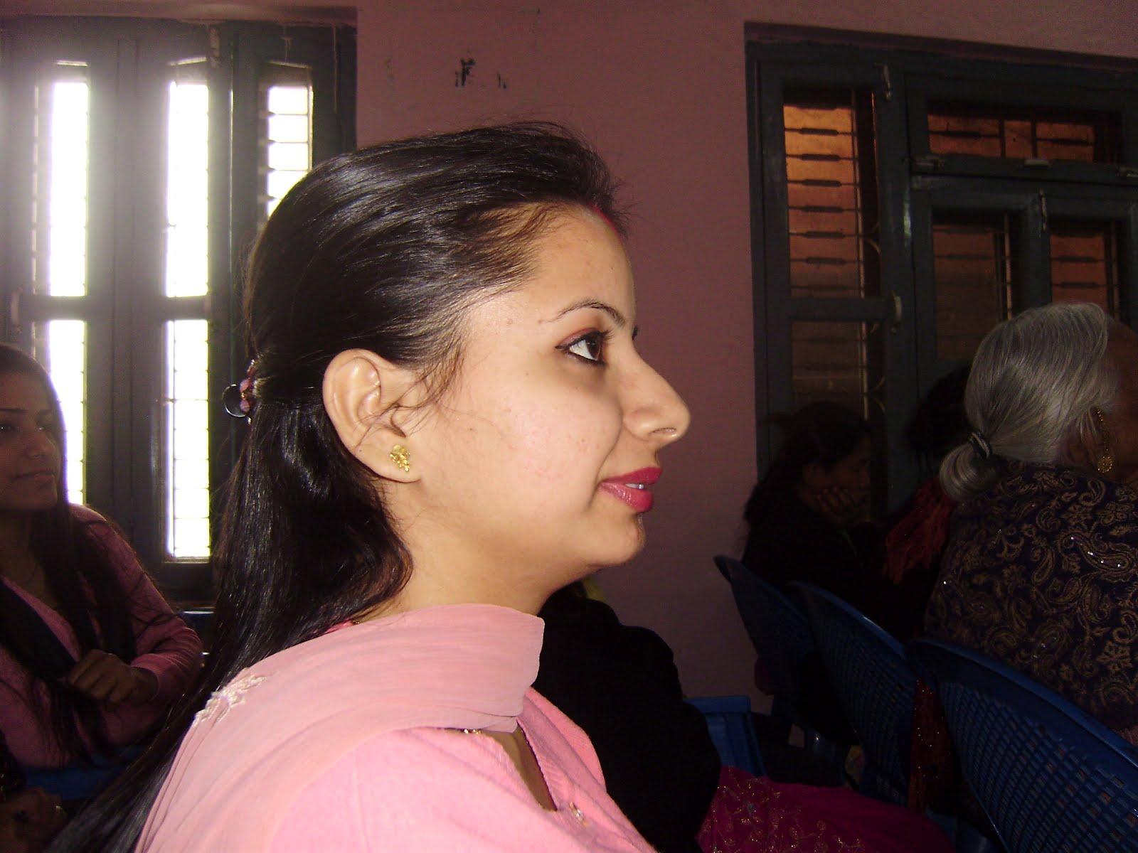 Nepali Puti Ra Lado http://www.filmvz.com/lado/lado-ra-puti-ko-kahani