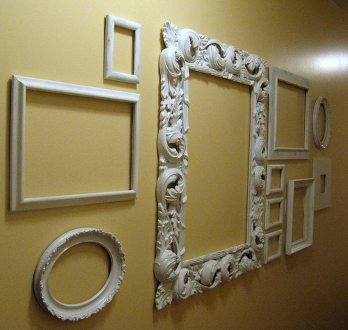 Home design ideas wall decor for What to do with empty picture frames