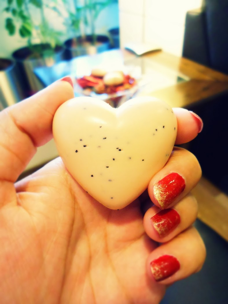 The Body Shop Chocomania Mini Heart Soaps