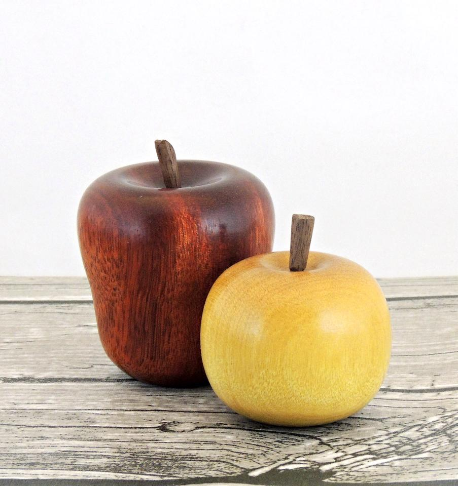how to make wooden apples | crafting in the rain