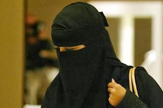 anak dirampas karena memilih islam 82468Niqab10