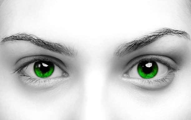 Αν κοιτάξετε επίμονα τα μάτια κάποιου άλλου για 10 λεπτά, αλλάζει σε μεγάλο βαθμό η συνείδησή σας