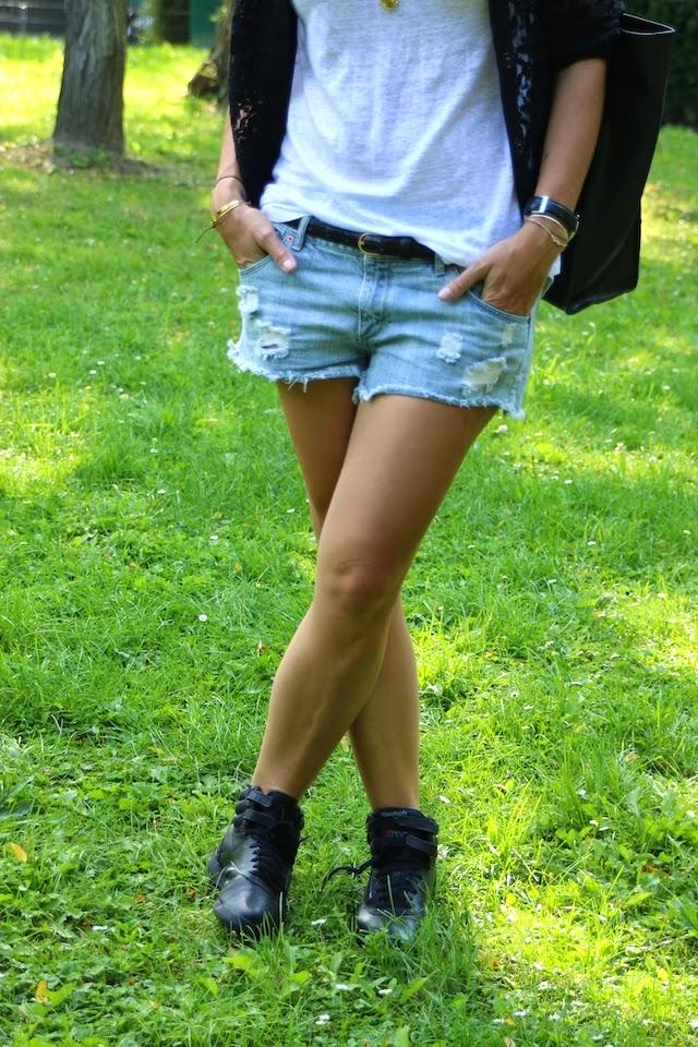 teddy dentelles, hm, short destroy, short jean, reebok, freestyle hi, juste juliette, fashion blogger, blog mode lille
