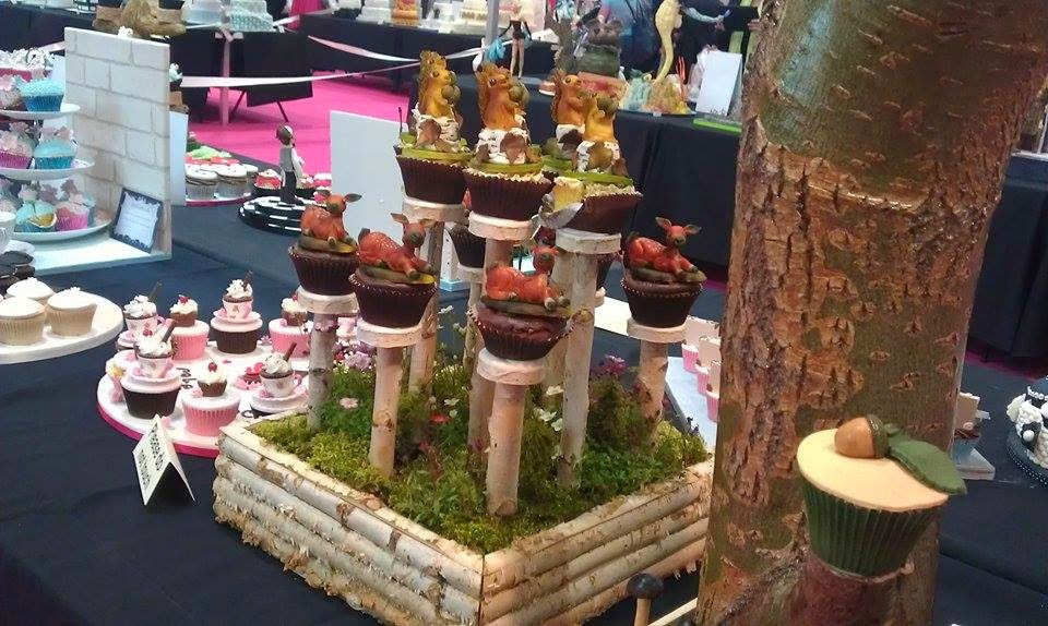 http://cupcakeluvs.blogspot.dk/2015/04/london-1-cake-international-show-2015.html