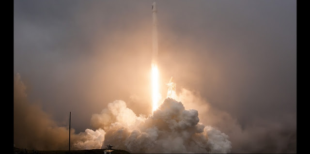 The SpaceX Falcon 9 rocket launches with the Jason-3 spacecraft Sunday, Jan. 17, 2016, from Space Launch Complex 4 East at Vandenberg Air Force Base in California. Credit: SpaceX