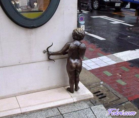 3.Amazing Statue