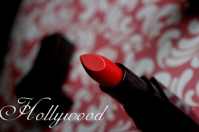 Laura Mercier Creme Smooth Lip Color in Hollywood