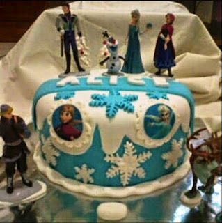 Bentuk Kue Ulang Tahun Anak Frozen