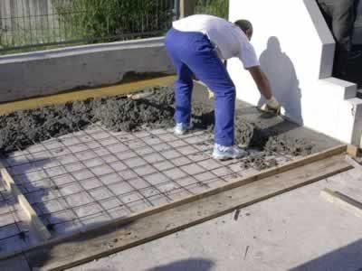 El maestro de obras xavier valderas hacer hormig n - Como hacer un suelo de hormigon ...