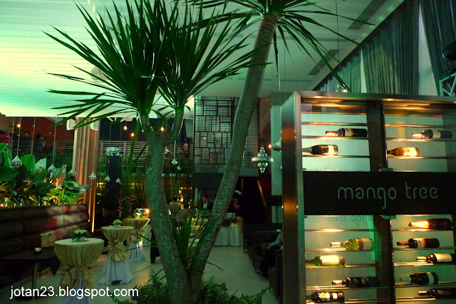mango tree fort bonifacio grand launch