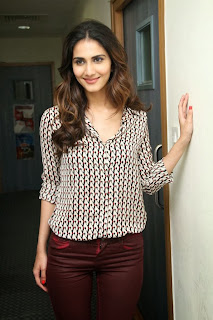 Vaani Kapoor Picture Gallery in Tight Jeans at Big FM ~ Celebs Next