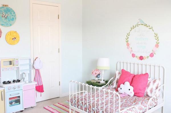 Cama hemnes decorar tu casa es - Casas decoradas con ikea ...