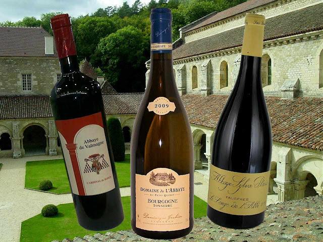 Vinhos da Borgonha com nomes de abadias. Fundo: Abadia de Fontenay
