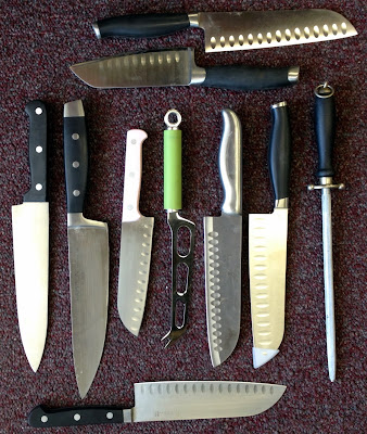 Assorted Kitchen Knives Discovered This Week at BWI