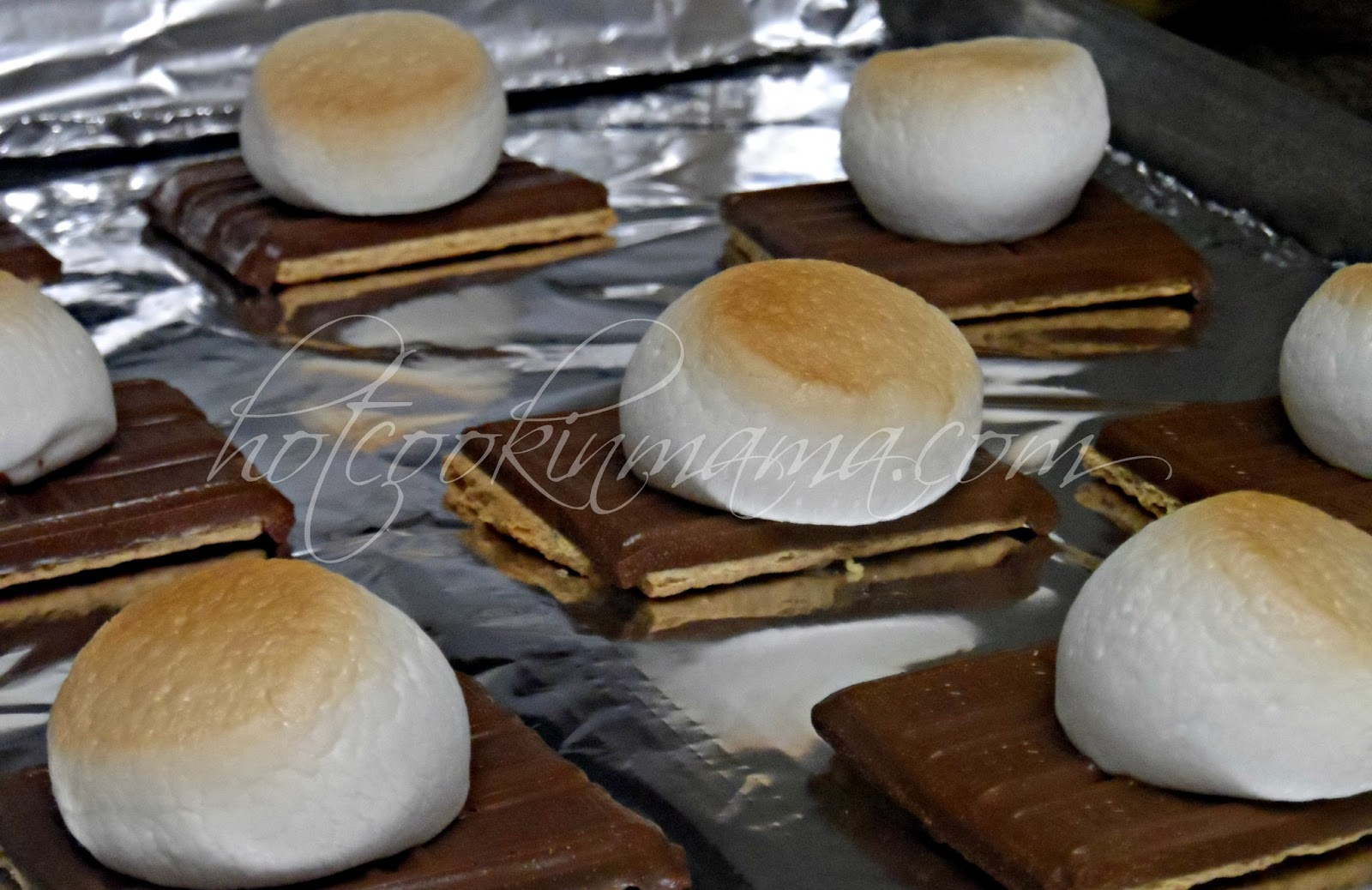 Hot Cookin' Mama: Oven Baked S'mores