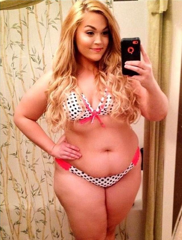 Толстые в бикини