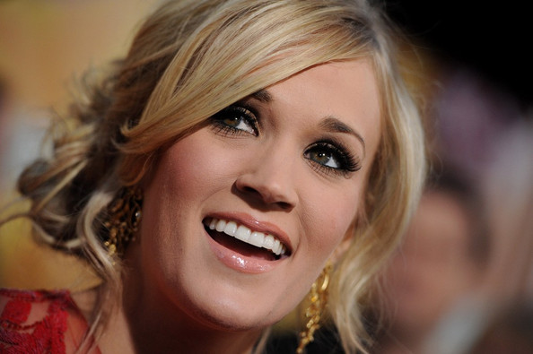 Carrie Underwood Hair Style: Beautyful Celebrity Carrie Underwood Haircuts & Fashion HD