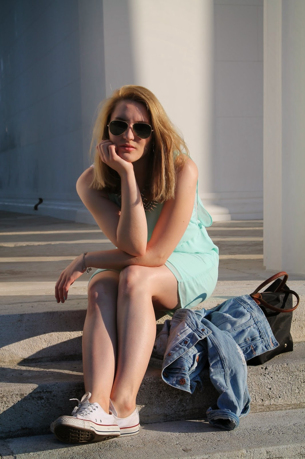 Fashionblogger Austria / Österreich / Deutsch / German / Kärnten / Carinthia / Klagenfurt / Köttmannsdorf / Spring Look / Classy / Edgy / Summer / Summer Style 2014 / Summer Look / Fashionista Look / Pimkie / Longchamp / Zara / Converse / Stament Necklace / Volksgarten / Mint / Ray Ban