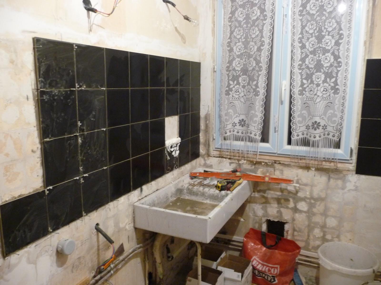 R novation d 39 un appartement carrelage mural cuisine - Renovation carrelage mural ...