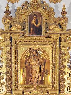 Retablo de San José de Bernardo Simón de Pineda - Remate con  pintura de San Juan Bautista niño de Murillo