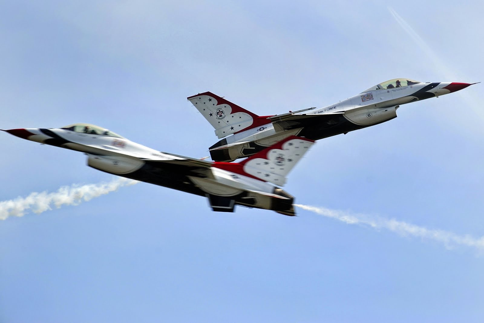 AIR FORCE THUNDERBIRDS AT JOINT BASE MCGUIRE-DIX-LAKEHURST
