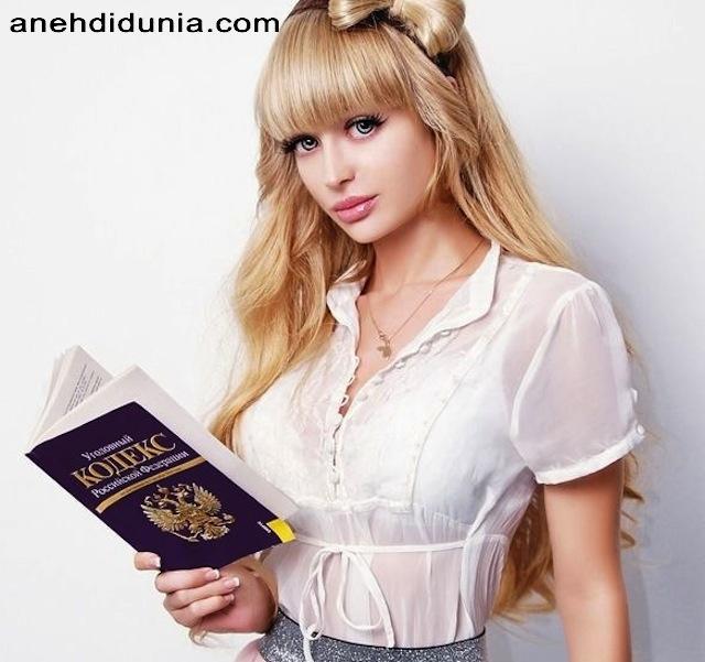 http://www.anehdidunia.com/2012/11/manusia-boneka-di-dunia.html