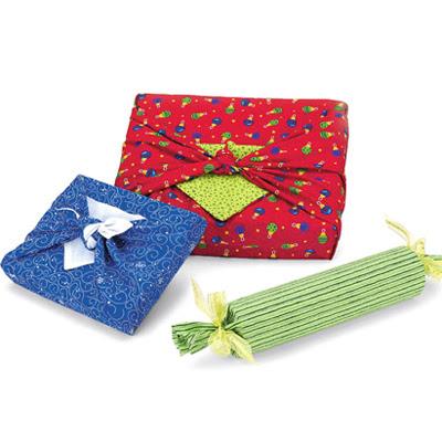 Опаковане на подаръци с плат