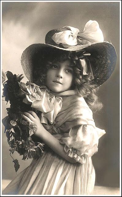 foto de niña antigua