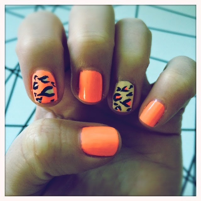 Peach and Leopard Nails The Graffitied Gardenia