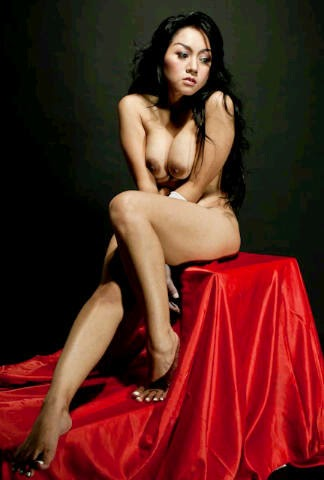 Gambar Bugil Tante Model Foto Professional