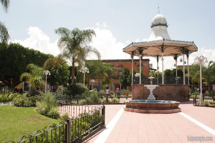 Kiosco y Jardín en Acambaro Guanajuato