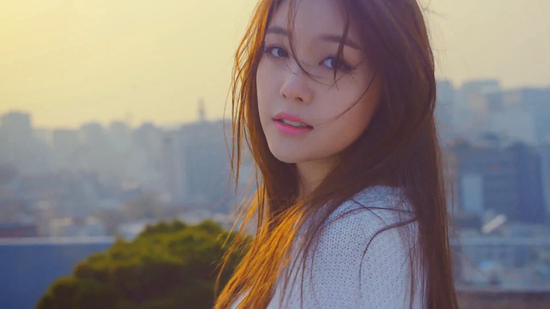 Girl's Day's Minah in Hello Bubble Teaser