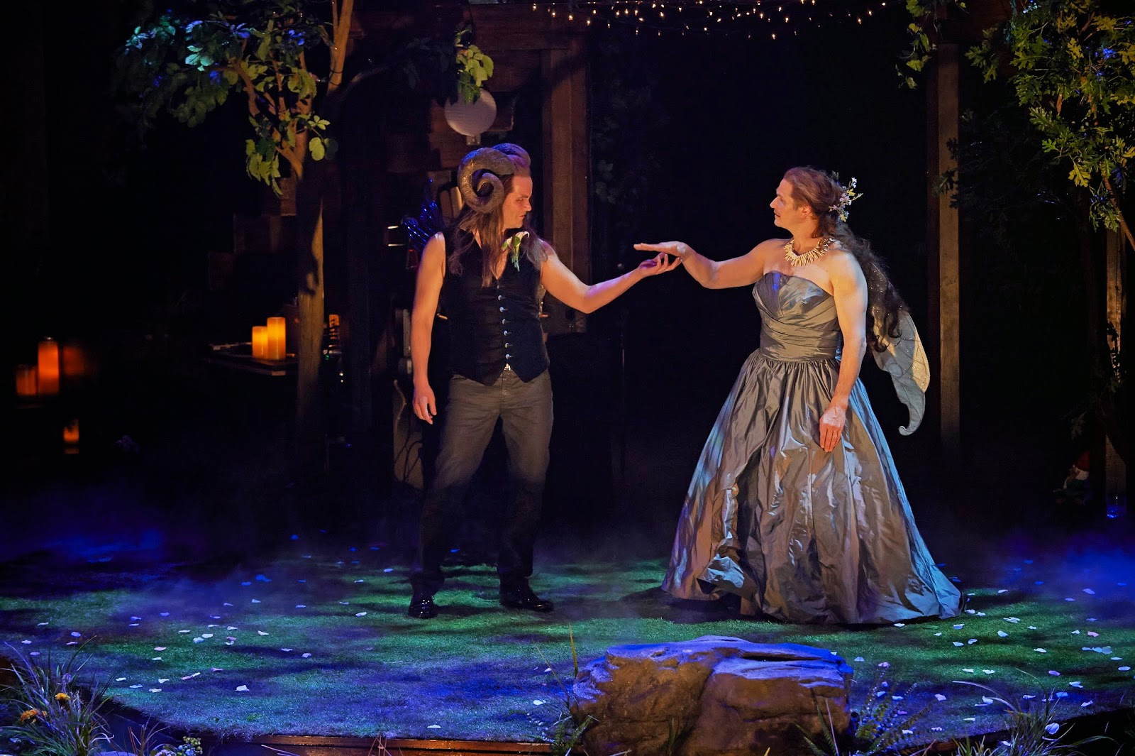 "a review of the story of a midsummer nights dream Theater review: ""a midsummer night's dream"" — a heartfelt spell  this  midsummer night's dream is a pleasant enough entertainment that is  6:20 pm  on theater review: ""west side story"" — still brilliant after all these."