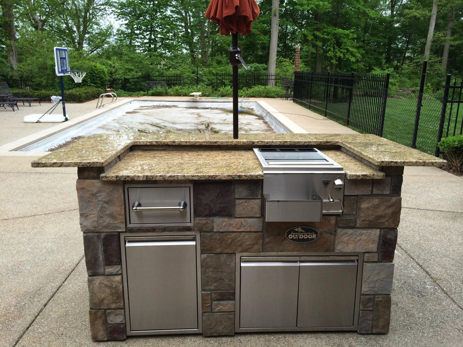 Outdoor Living Twin Eagles Custom Outdoor Kitchen