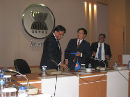 Ed and ASEAN Deputy Secretary General S. Pushpanathan