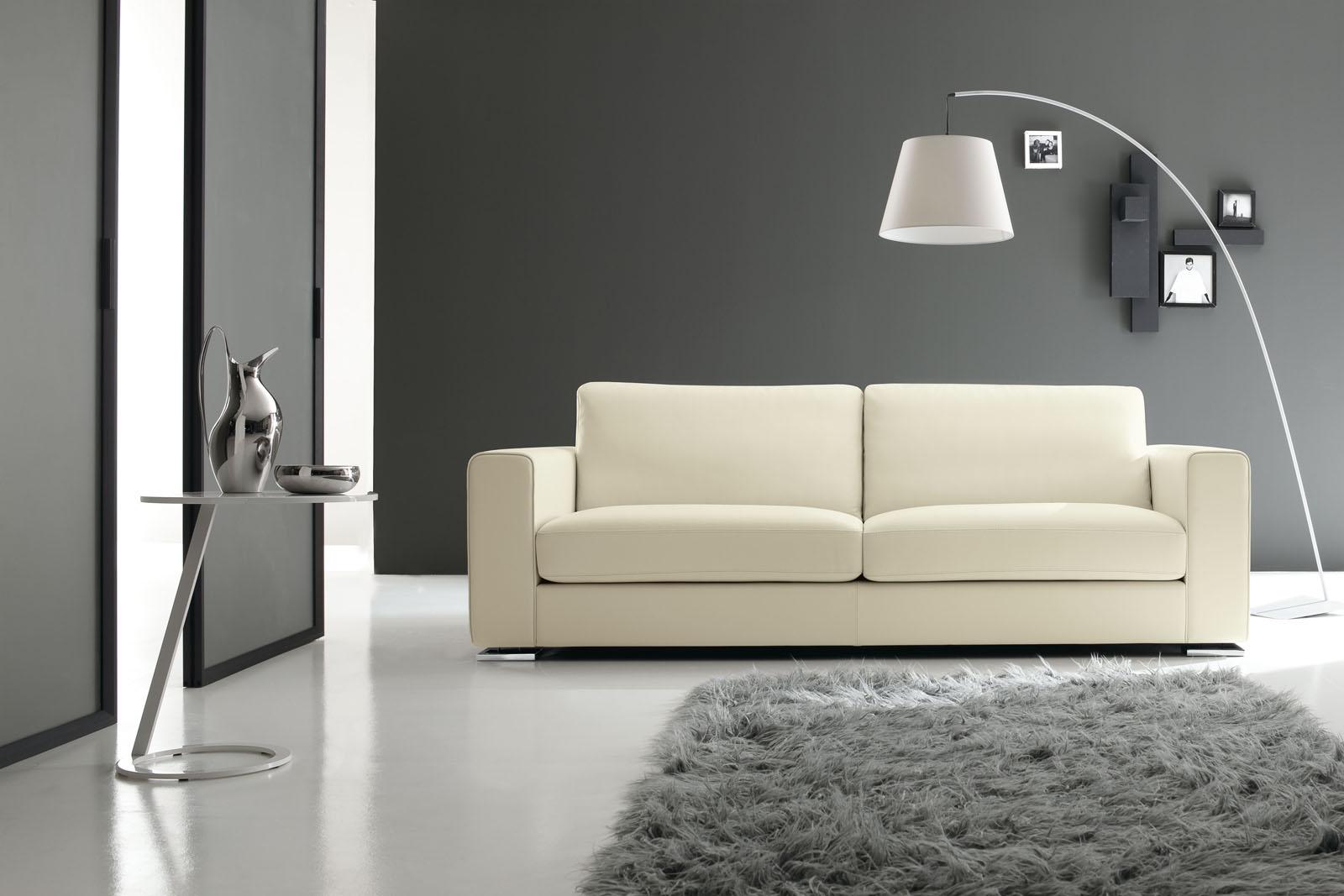 Divani e divani letto su misura for Rivestire divano pelle