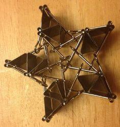 merangkai binder clip jadi bintang