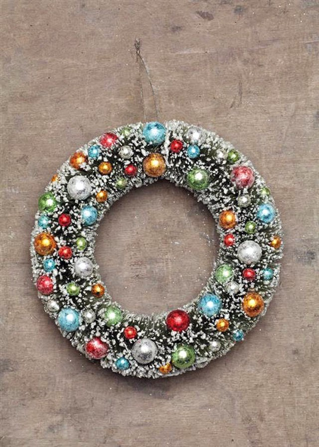 Decorated Artificial Christmas Wreaths