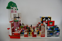 Lego Joker Ice-cream parlour