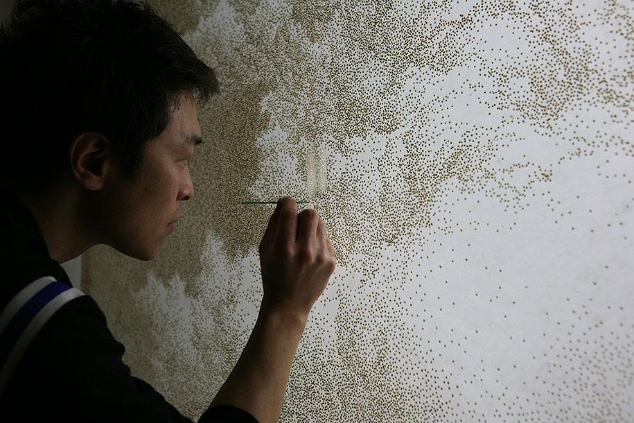 Pontilhismo feito com Incenso em papel de arroz por Jihyun Park