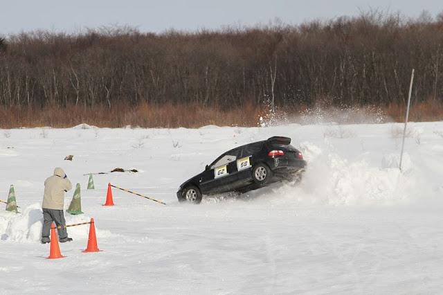 Honda Civic V EG, śnieg, tor wyścigowy, sprawnościówka, KJS, VTEC is kicking in yo, usportowiony samochód, z napędem na przód, japoński, JDM, Japonia