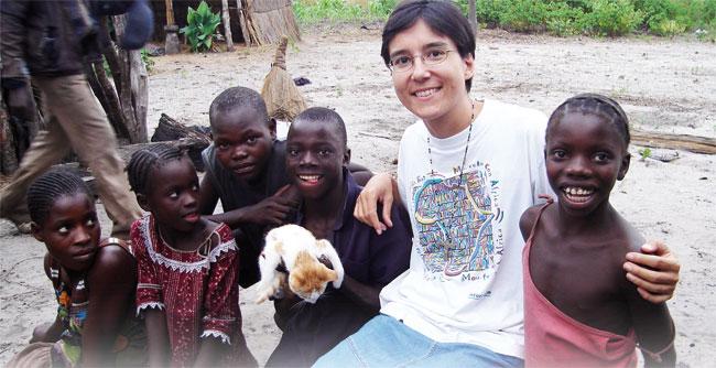 Los misioneros salen de si mismos para hacerse prójimos