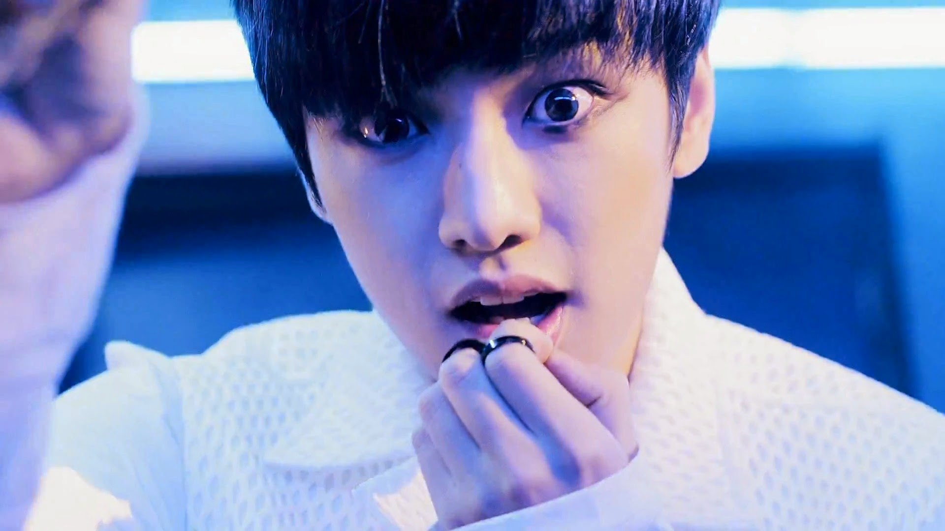 Cross Gene's Shin from Play With Me MV