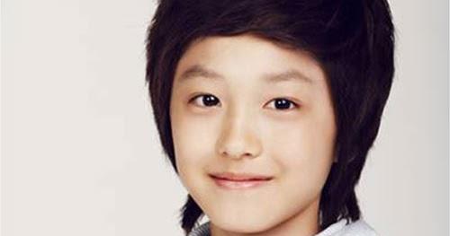 kpop destino: KANG CHAN HEE/ 2PM, TWITTERS Y SHINee