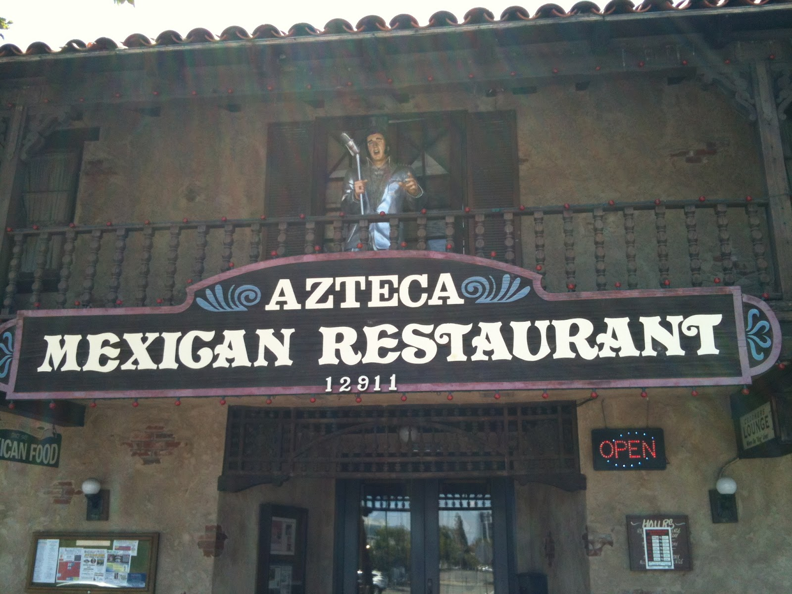 Dis N That Historic Main Street Garden Grove Azteca 39 S Mexican Restaurant