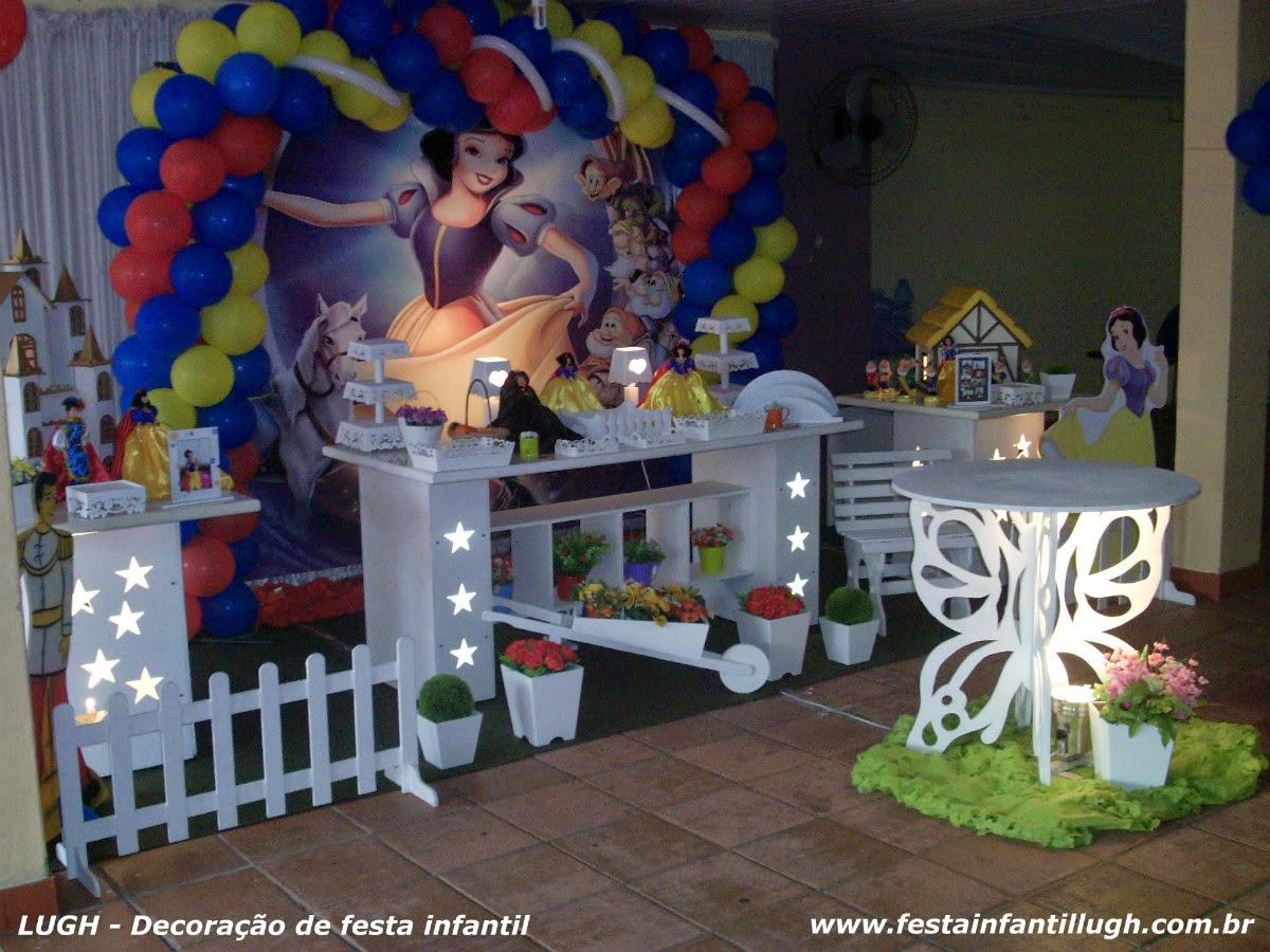 Decoração provençal para festa infantil - tema Branca de Neve em mesa decorada provençal